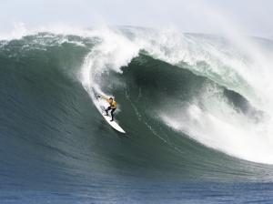 elder-big-wave-surfing-1200